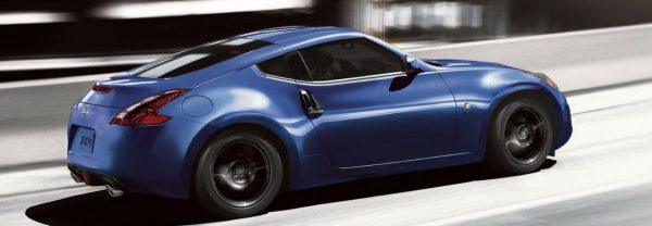 2019 Nissan 370Z speeding down freeway
